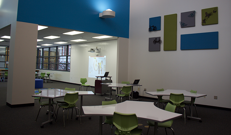 Schupmann library small group instruction area