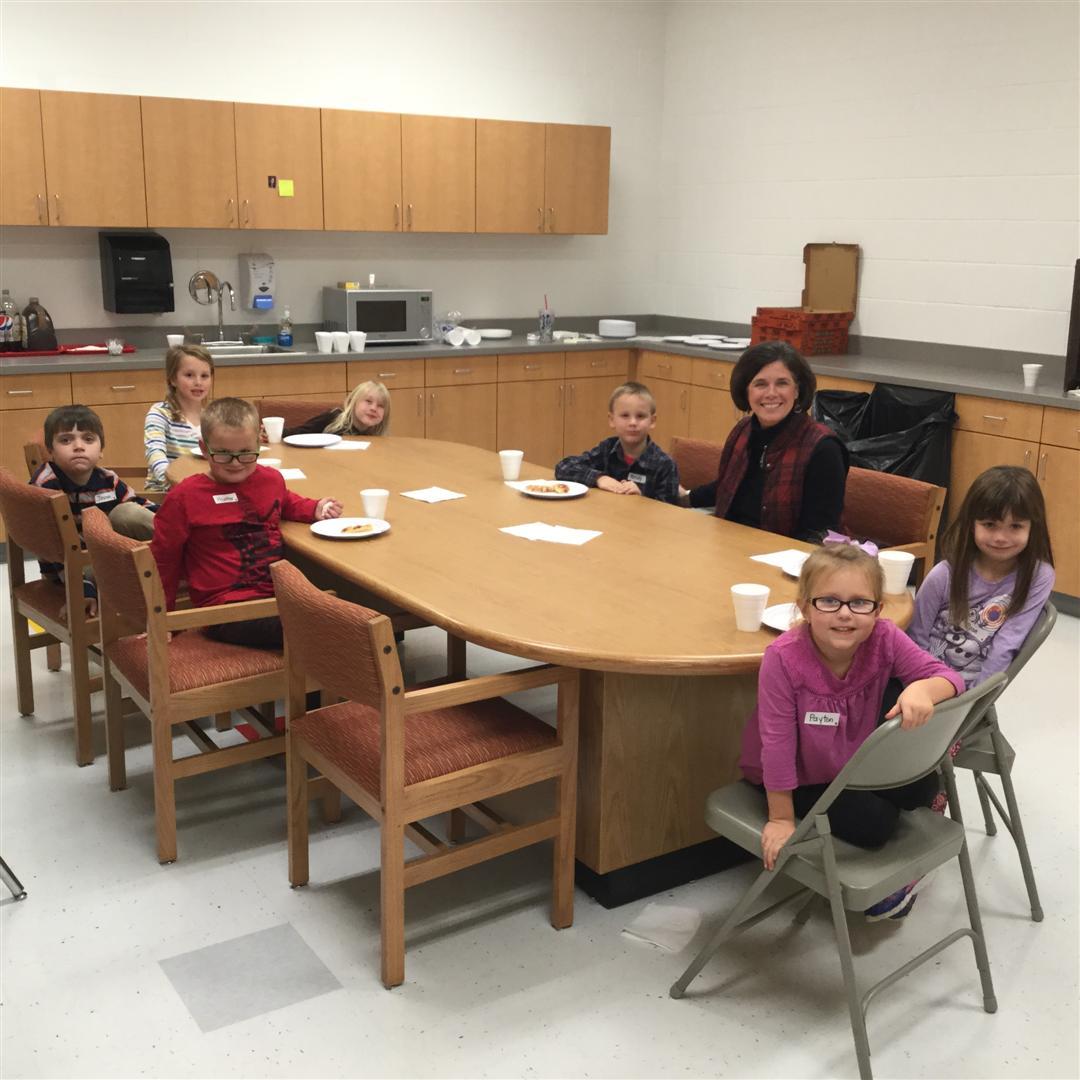 Kindergarten DeYoung's Diners