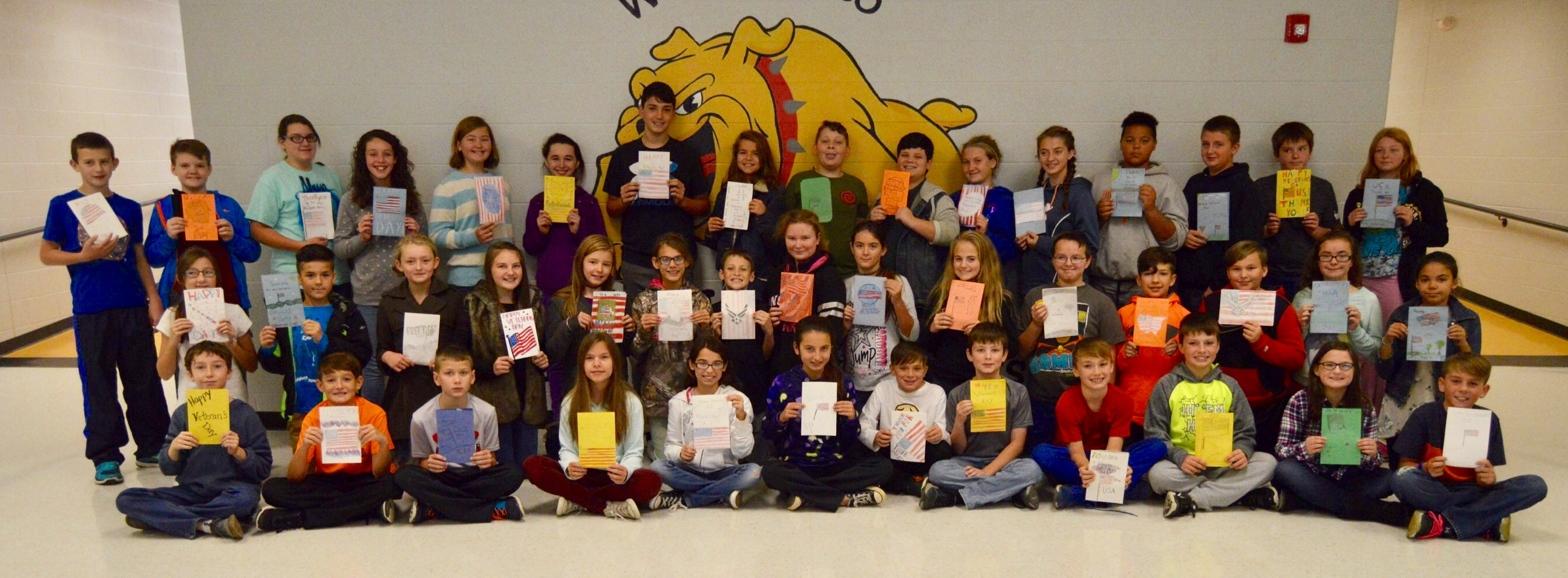6th Graders show their Veteran's Day cards