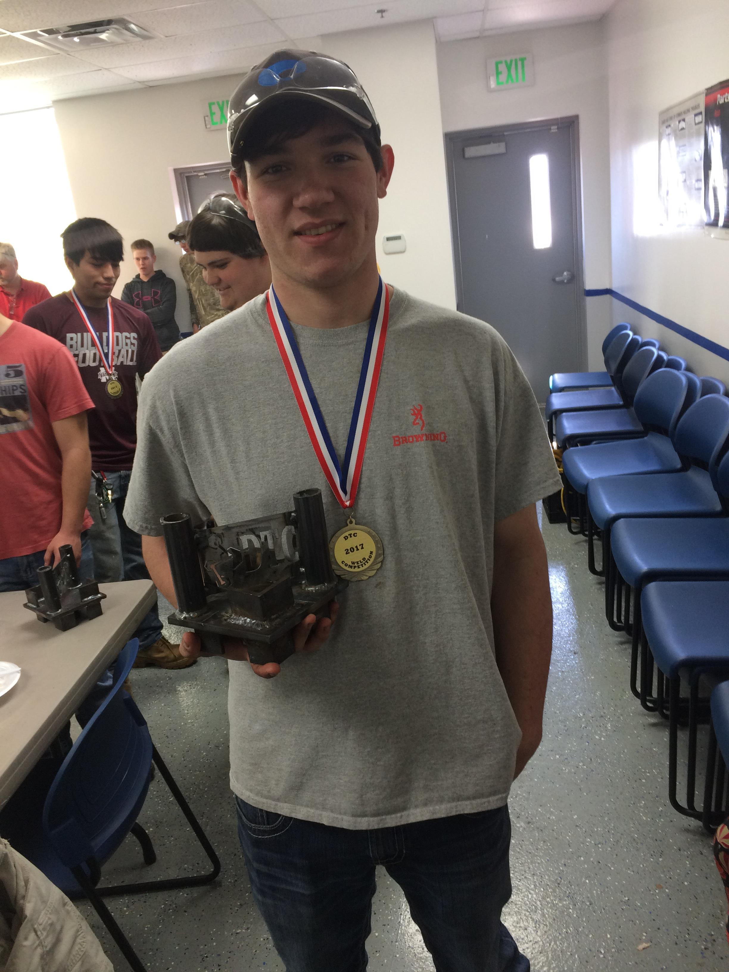student receiveing award