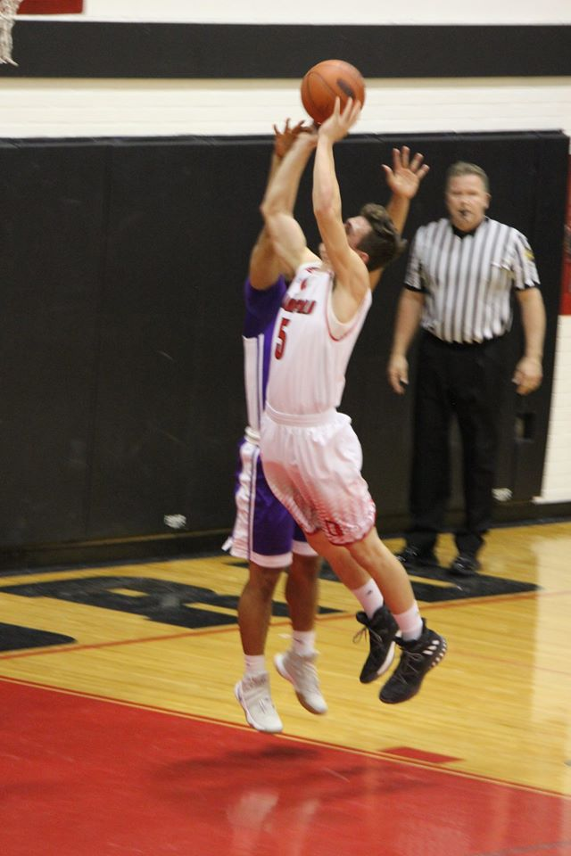 Boys Basketball (JV & Varsity)