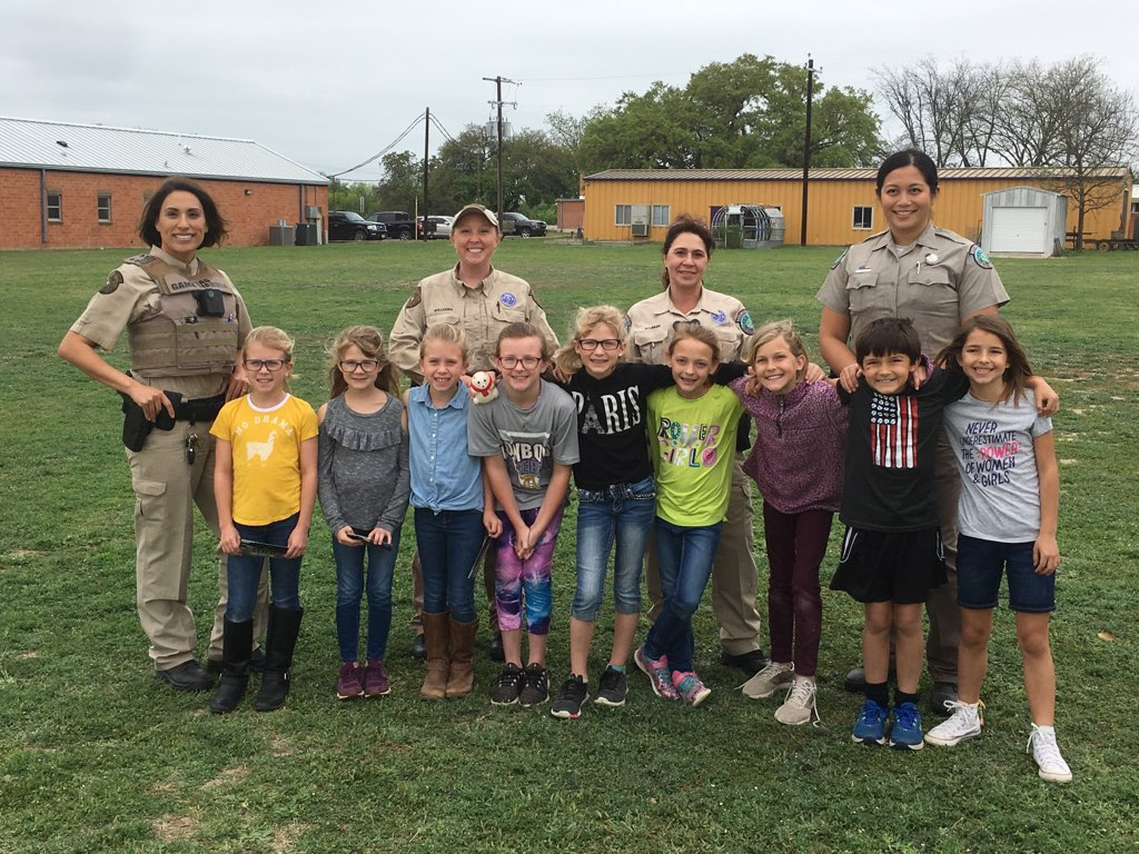 Game Wardens visit with 3rd - 5th Graders