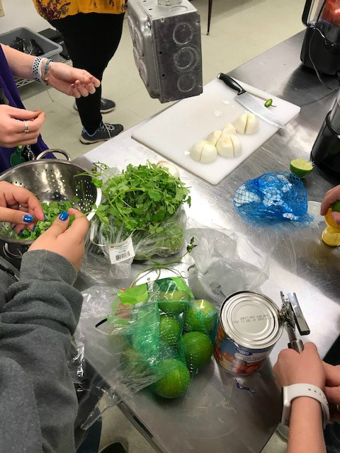 Students Making Salsa
