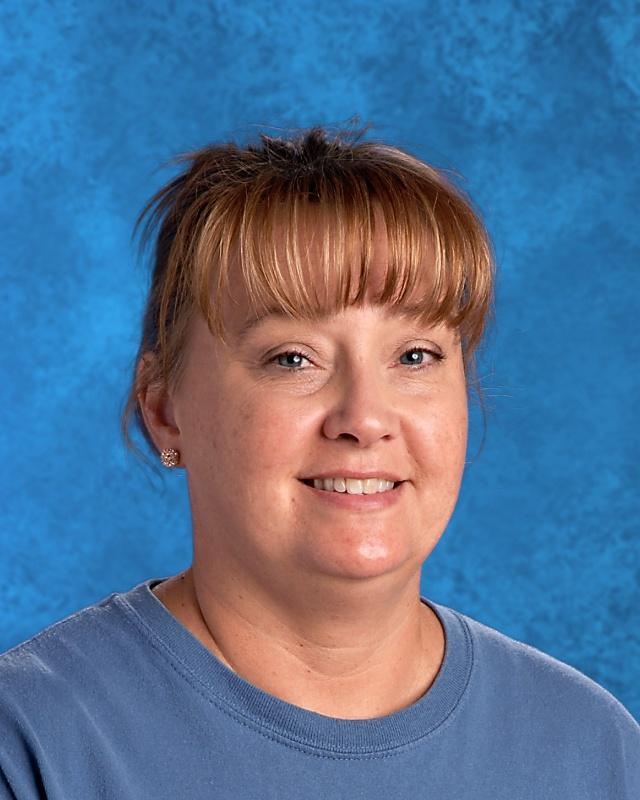 Lisa Snead Cafeteria Staff