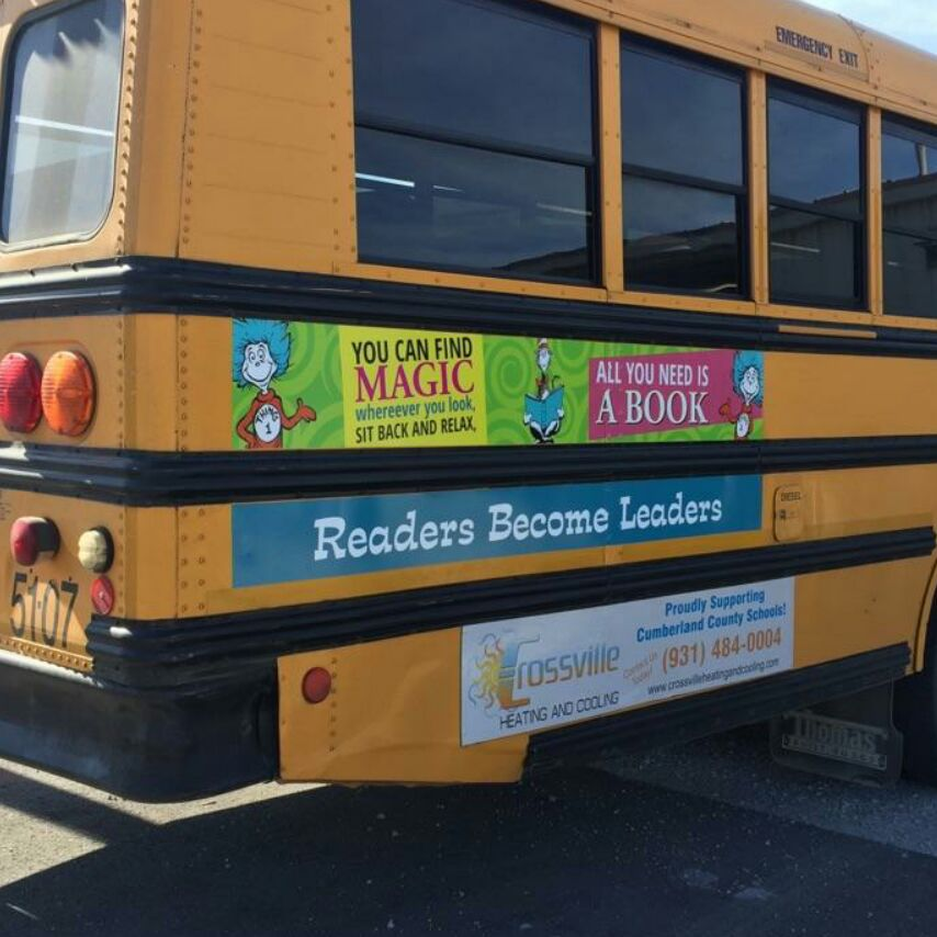 School Bus Readers Become Leaders Logo