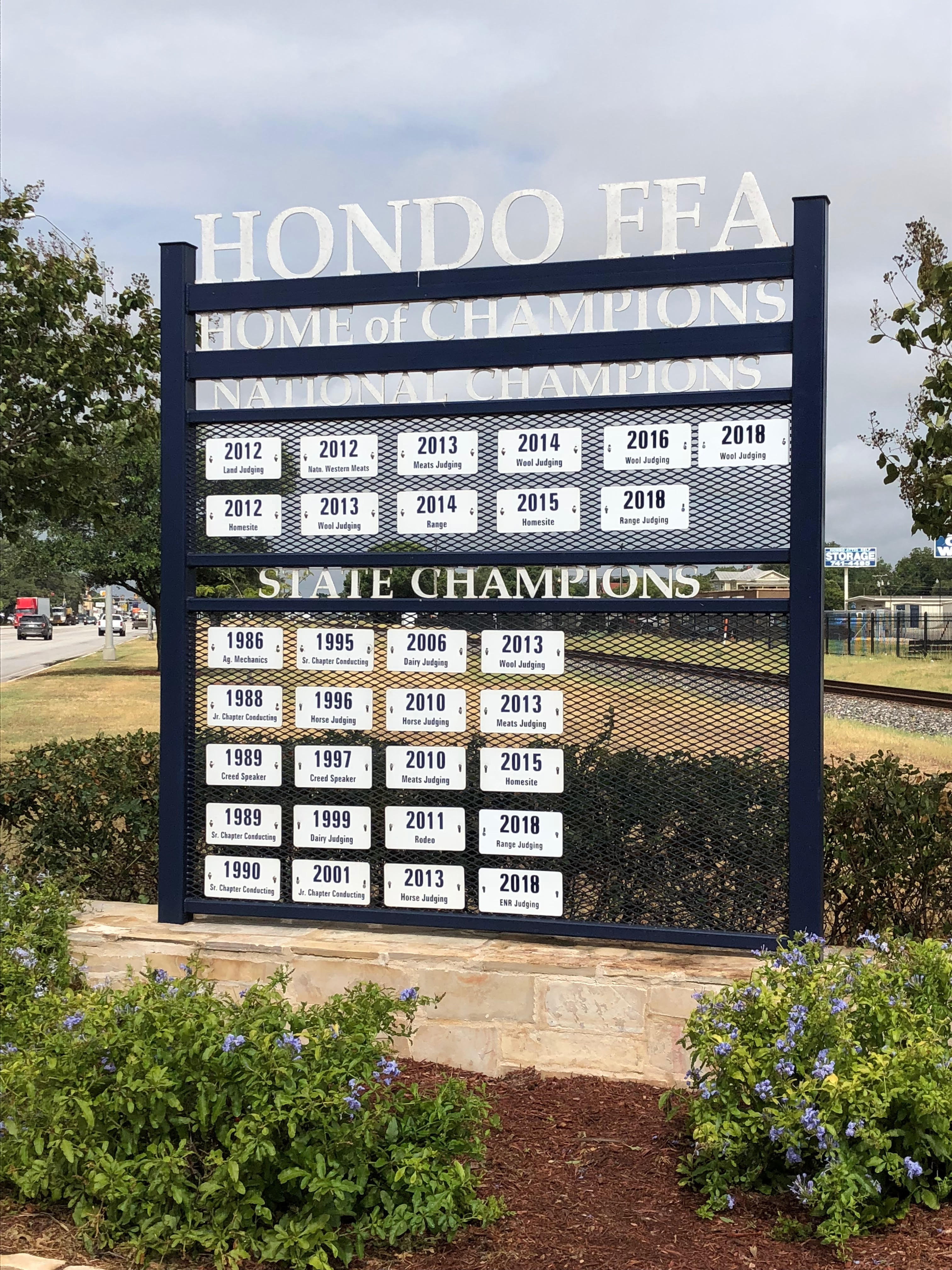 Hondo FFA Sign