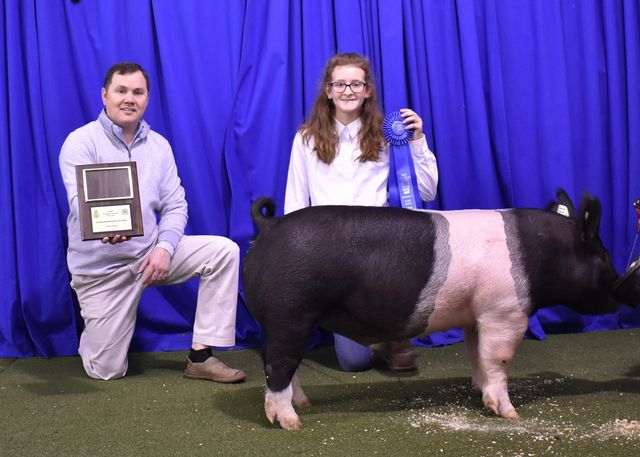Jr. Showmanship Champion Josie Hallford