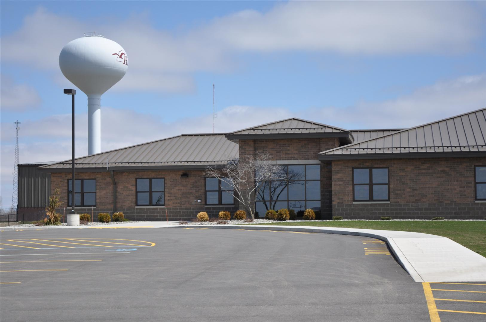 Picture of Huron Learning Center Building