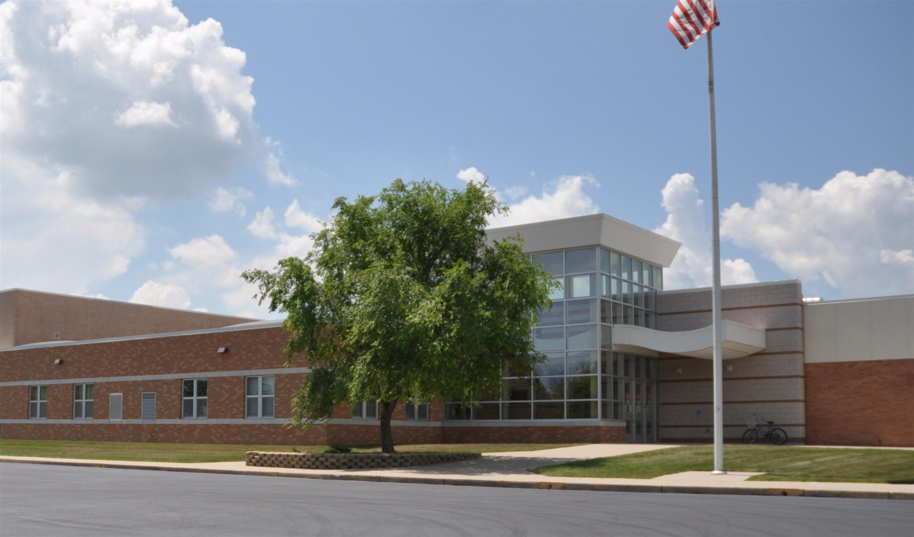 Picture of Harbor Beach Community School Building