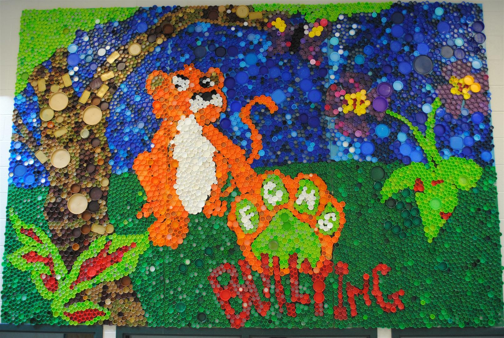 Franklin county middle teachers elizabeth debban art for Bottle cap mural